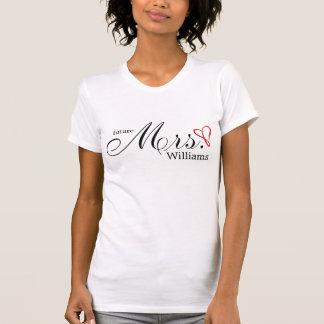 T-shirt Mme d'avenir de coeur griffonnée par rouge