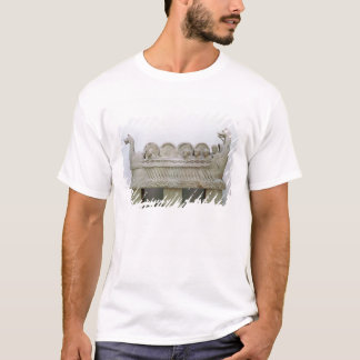 T-shirt Modèle d'un bateau transportant le vin sur