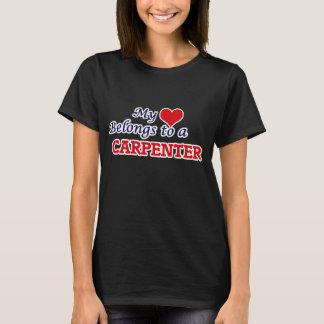 T-shirt Mon coeur appartient à un charpentier
