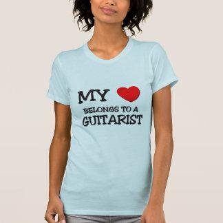 T-shirt Mon coeur appartient à un GUITARISTE