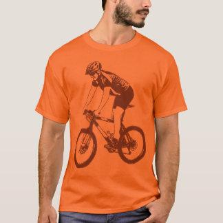 T-shirt Montagne de MTB faisant du vélo la silhouette