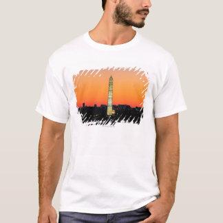 T-shirt Monument de Washington sous la restauration au