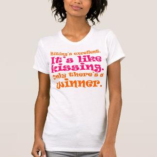 T-shirt Mordre est excellent