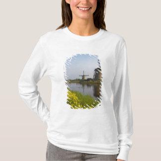 T-shirt Moulins à vent le long du canal dans Kinderdijk,