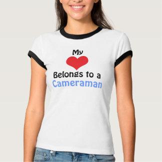T-shirt My Heart Belongs to a cameraman