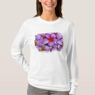 T-shirt N.A., Etats-Unis, Maui, Hawaï. Fleurs roses de
