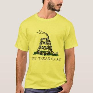 T-shirt Ne marchez pas sur moi, thé de drapeau de Gadsden