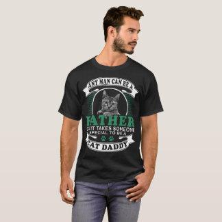 T-shirt N'importe quel homme peut être un père mais il