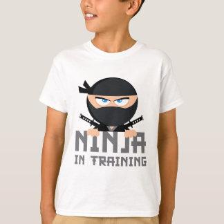 T-shirt Ninja dans la formation