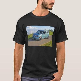 T-shirt Nissan cubent à la baie