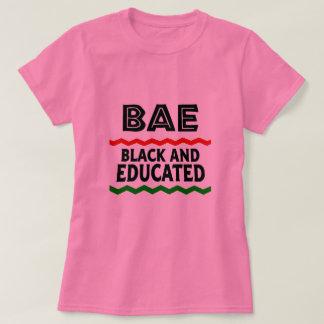 T-shirt noir et instruit de BAE