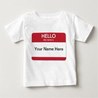 T-shirt nommé rouge de bébé d'étiquette