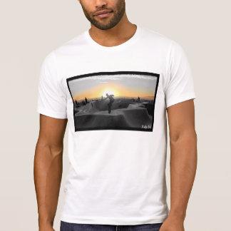 T-shirt Nouvelle équitation dans le coucher du soleil