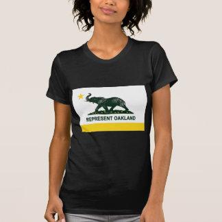 T-shirt Obscurité de drapeau d'Oakland (athlétisme)