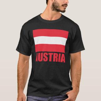 T-shirt Obscurité rouge des textes de drapeau autrichien