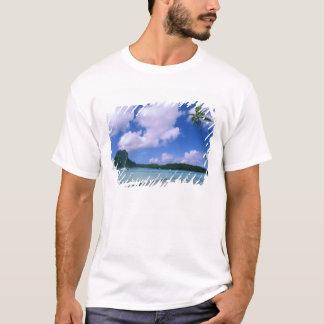 T-shirt Océanie, Polynésie française, Tahiti. Vue de