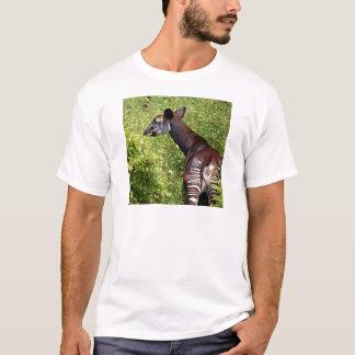 T-shirt Okapi dans la végétation