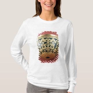 T-shirt Or à jour pour une cuvette vernie