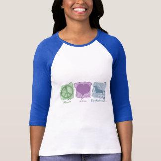 T-shirt Paix, amour, et teckels en pastel