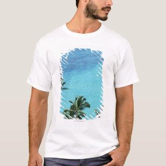 T-shirt Palmiers et surface de la mer