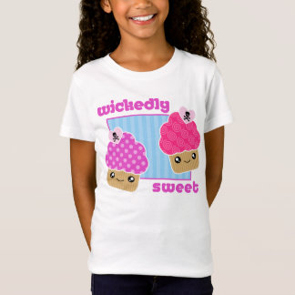 T-shirt par mechanceté doux de petits gâteaux de