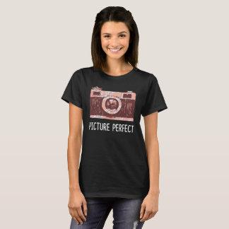 T-shirt parfait d'appareil-photo d'image