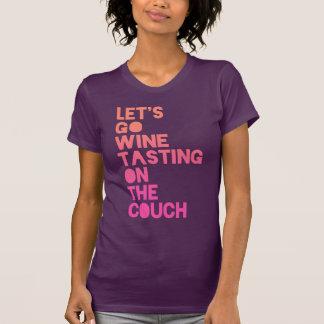 T-shirt Partons échantillon de vin sur le divan