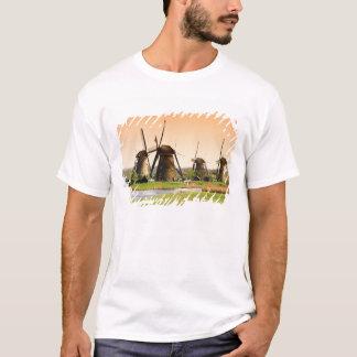 T-shirt Pays-Bas, Kinderdijk. Moulins à vent à côté de