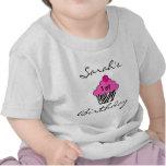 T-shirt personnalisé de petit gâteau d'anniversair