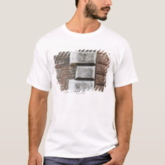 T-shirt Photographie d'un vieux mur de briques à Sienne