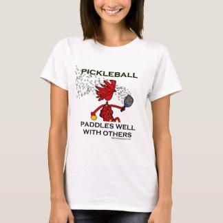T-shirt Pickleball barbote bien avec d'autres
