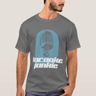T-shirt Pièce en t de drogué de karaoke