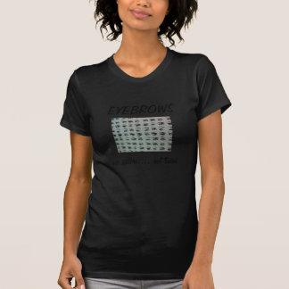 T-shirt pièce en t de maquilleur au sujet des sourcils