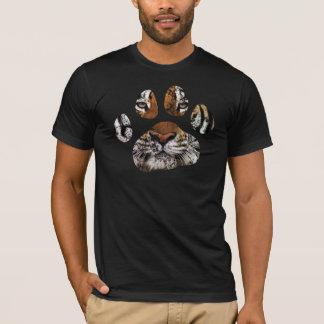 T-shirt Pièce en t de patte de tigre desséchée par cru