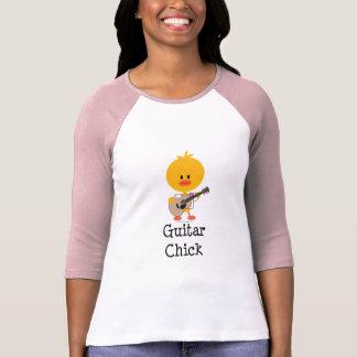 T-shirt Pièce en t de raglan de poussin de guitare