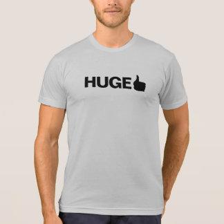 T-shirt pièce en t énorme