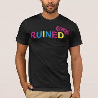 T-shirt Pièce en t ruinée