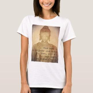 T-shirt Pièce en t tirée par la main de Bouddha, femmes de