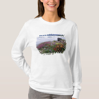 T-shirt Pinceau, de loup, Fireweed. Icebergs Russell