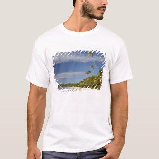 T-shirt Plage et palmiers, île-hôtel de plantation