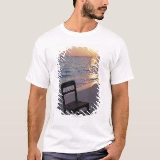 T-shirt Plage sablonneuse de coucher du soleil