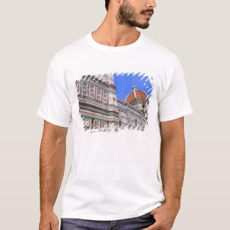 T-shirt Plan rapproché célèbre d'église de Doumo à
