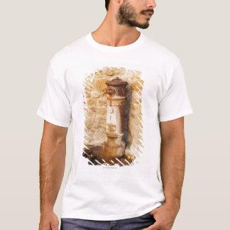 T-shirt Plan rapproché d'un robinet, province de Sienne,