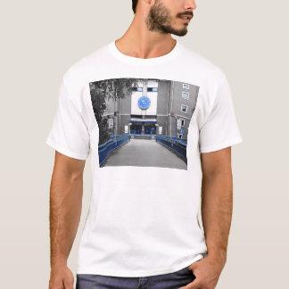 T-shirt pont à la réception