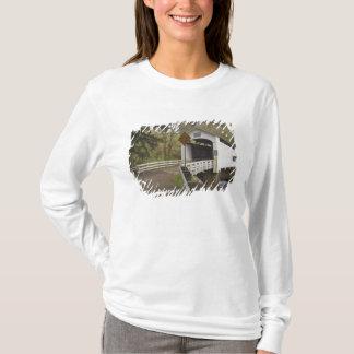 T-shirt Pont couvert de chat sauvage, le comté de Lane,