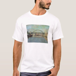 T-shirt pont de Tyne (conception de sépia)