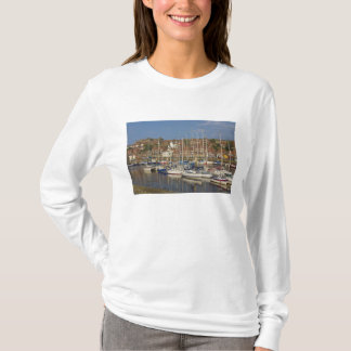 T-shirt Port, Whitby, North Yorkshire, Angleterre