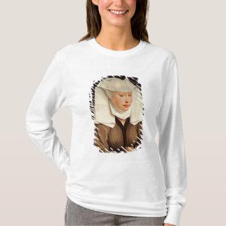 T-shirt Portrait d'une jeune femme dans un casquette