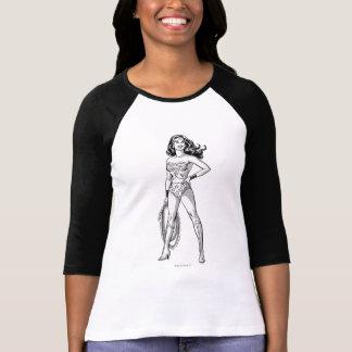 T-shirt Pose noire et blanche de femme de merveille