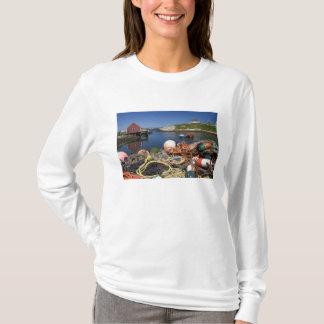 T-shirt Pots de homard, balises, et cordes sur le dock à